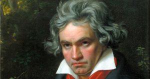 ベートーヴェン「第九(歓喜の歌/合唱)」の歌詞と日本語訳